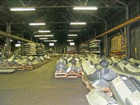Prefabrykowane samonośne hale łukowe - produkcja hal łukowych TG Buildings, kontrola jakości każdej wyprodukowanej hali.