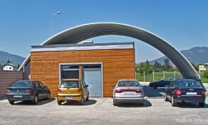 Samonośne hale łukowe - prefabrykowana stalowa hala łukowa jako lekki dach łukowy na konstrukcji stalowej.