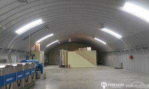 Galeria hal łukowych - Stalowe hale łukowe - hala łukowa przemysłowa. Proste ściany i łukowy dach.