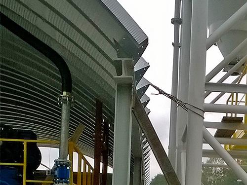 Samonośne hale łukowe - prefabrykowana stalowa hala łukowa- montaż na HEB jako lekki dach łukowy.